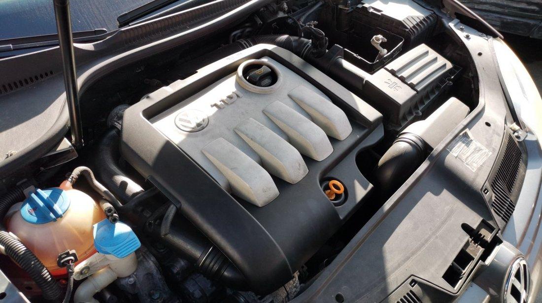 Volkswagen Golf 5 1.9tdi tip BKC (piese auto second hand)