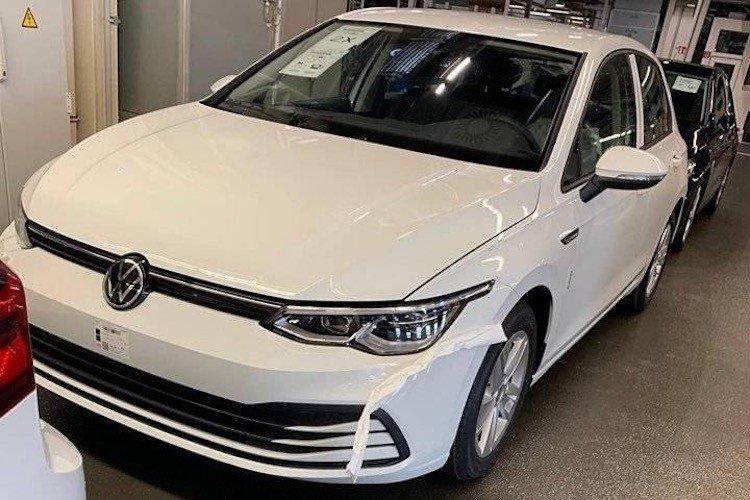 Volkswagen Golf 8 necamuflat