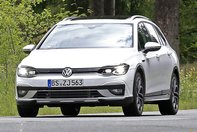 Volkswagen Golf Alltrack - Poze spion