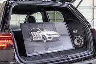 Volkswagen Golf GTI Next Level si Golf Variant TGI GMOTION