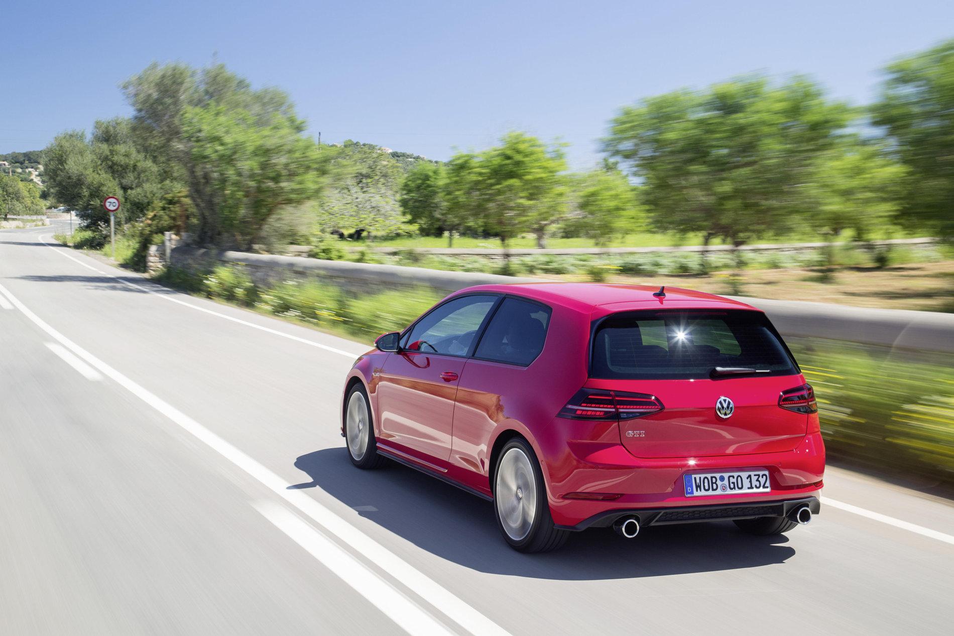 Volkswagen Golf GTI si GTI Performance - Volkswagen Golf GTI si GTI Performance