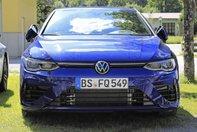 Volkswagen Golf R necamuflat