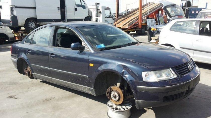 volkswagen passat limuzina 1.6ahl  1999