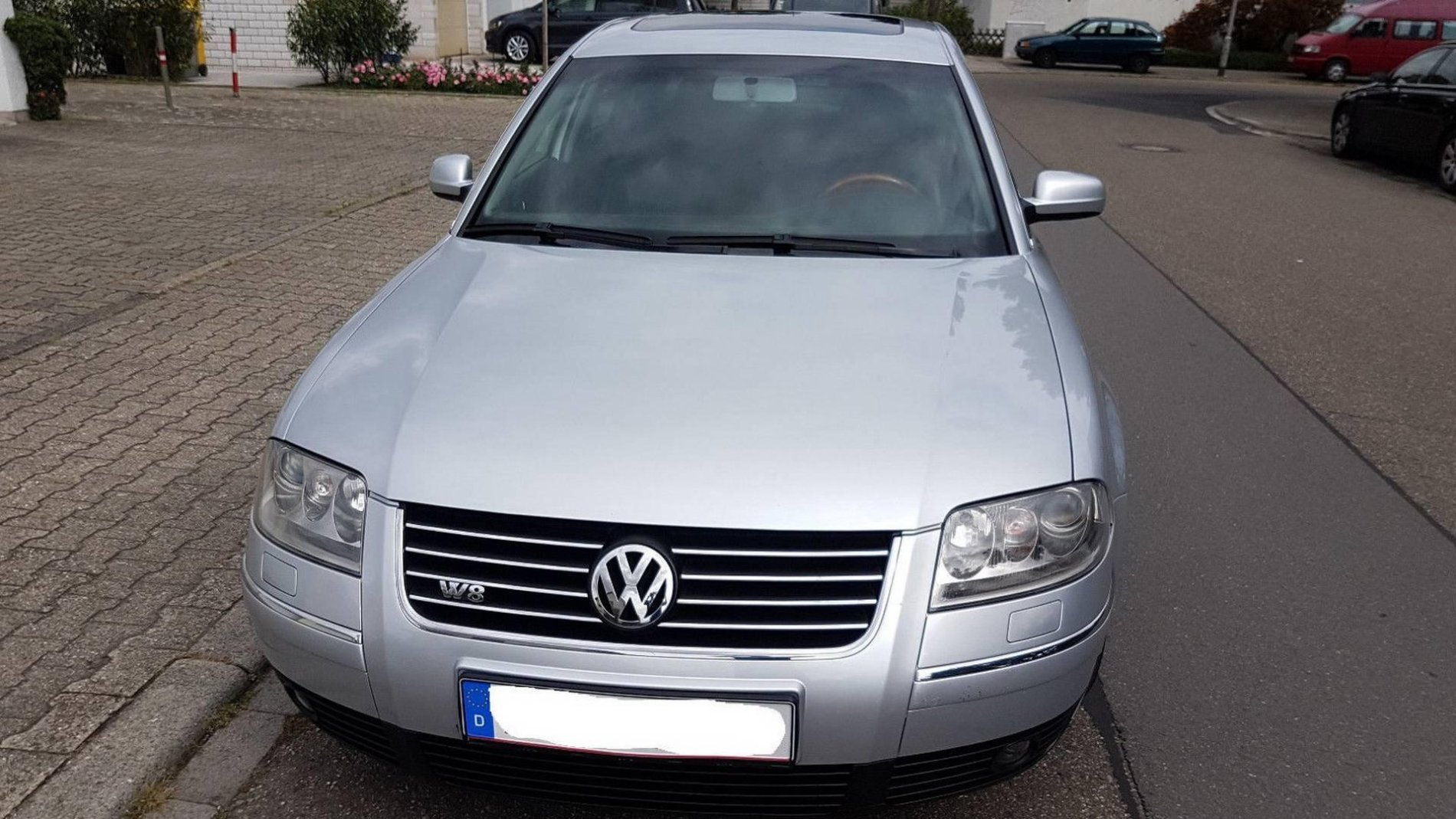 Volkswagen Passat W8 din 2002 - Volkswagen Passat W8 din 2002