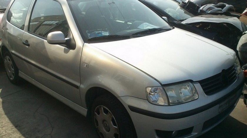 volkswagen polo 6n2 1.4 16v tip  AHW  an 2000
