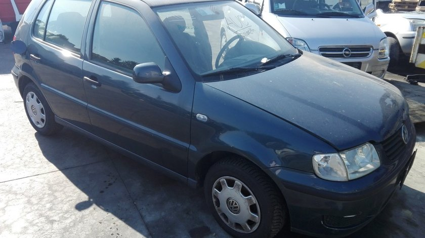 Volkswagen Polo 6N2 an fab.2001 1.0mpi tip motor AUC