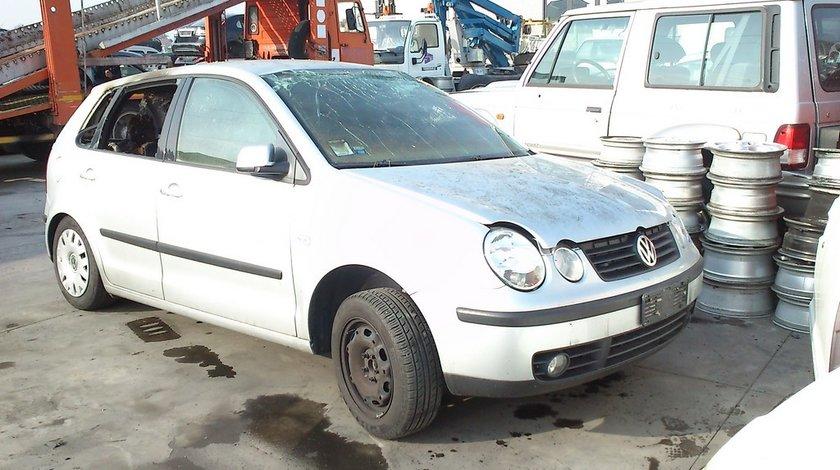 Volkswagen polo 9n 5usi an 2003 motor 1.2 12v tip AZQ