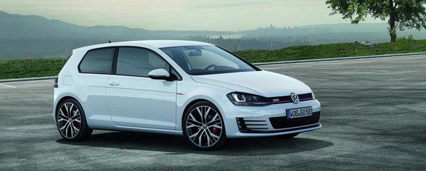 Volkswagen pregateste un acoperis din fibra de carbon pentru Golf R si GTI