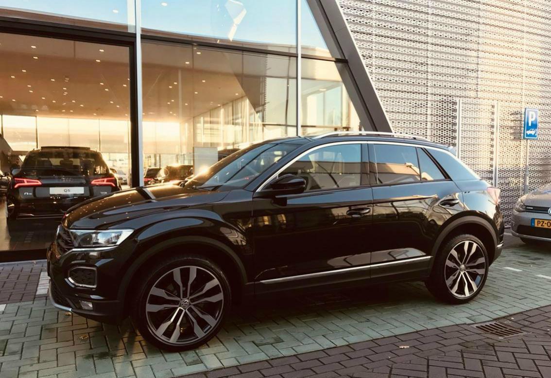 Volkswagen T-Roc la dealer - Volkswagen T-Roc la dealer