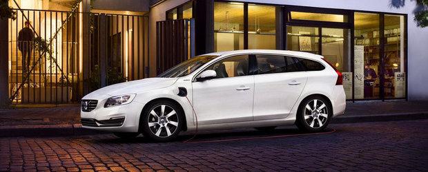 Volvo dubleaza productia lui V60 Plug-in Hybrid