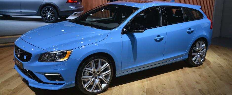 Volvo isi arata latura sportiva. Suedezii au adus modelele S60 si V60 Polestar la Los Angeles