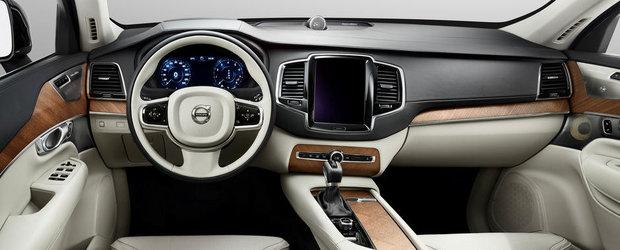 Volvo publica primele imagini oficiale ale noului XC90
