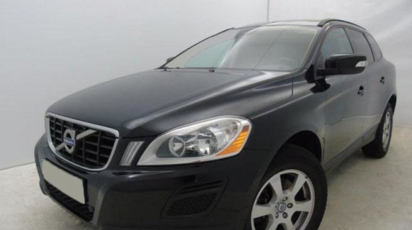 Volvo XC 60 D3 Kinetic Start/Stop - 1.984 cc / 136 CP 2013