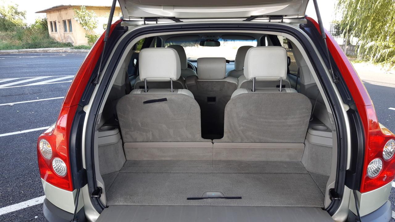Volvo XC 90 2.4TDI 185 CP 4 X 4 7LOCURI 2007