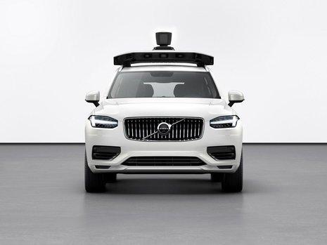 Volvo XC90 autonom