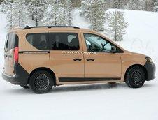 VW Caddy camuflat in Dacie