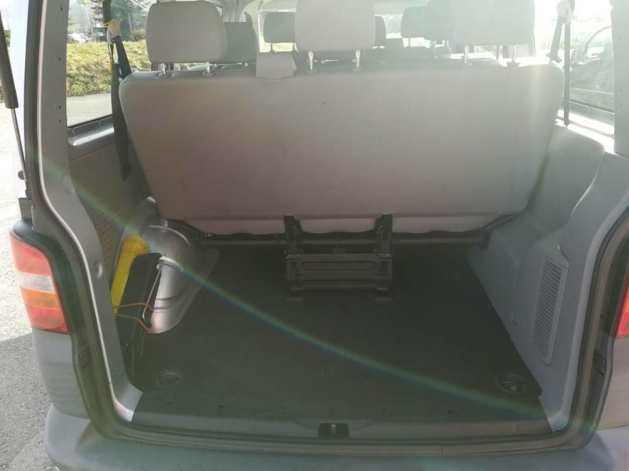 VW Caravelle 1.9 TDI 2009