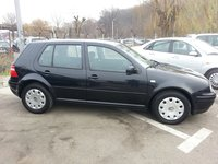 VW Golf 1,6=105cp-e4-pacific 2004
