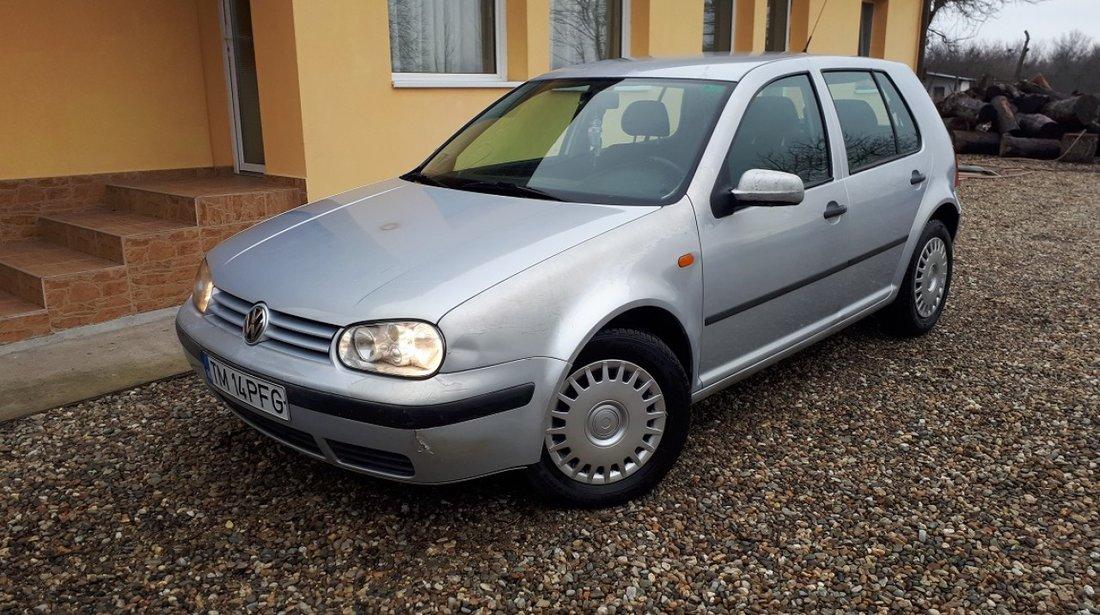 VW Golf 1.6 sr 1998