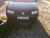 VW Golf 12223 2001
