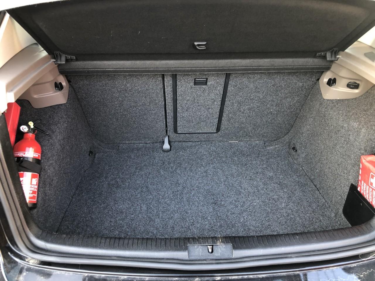VW Golf 1600 2010