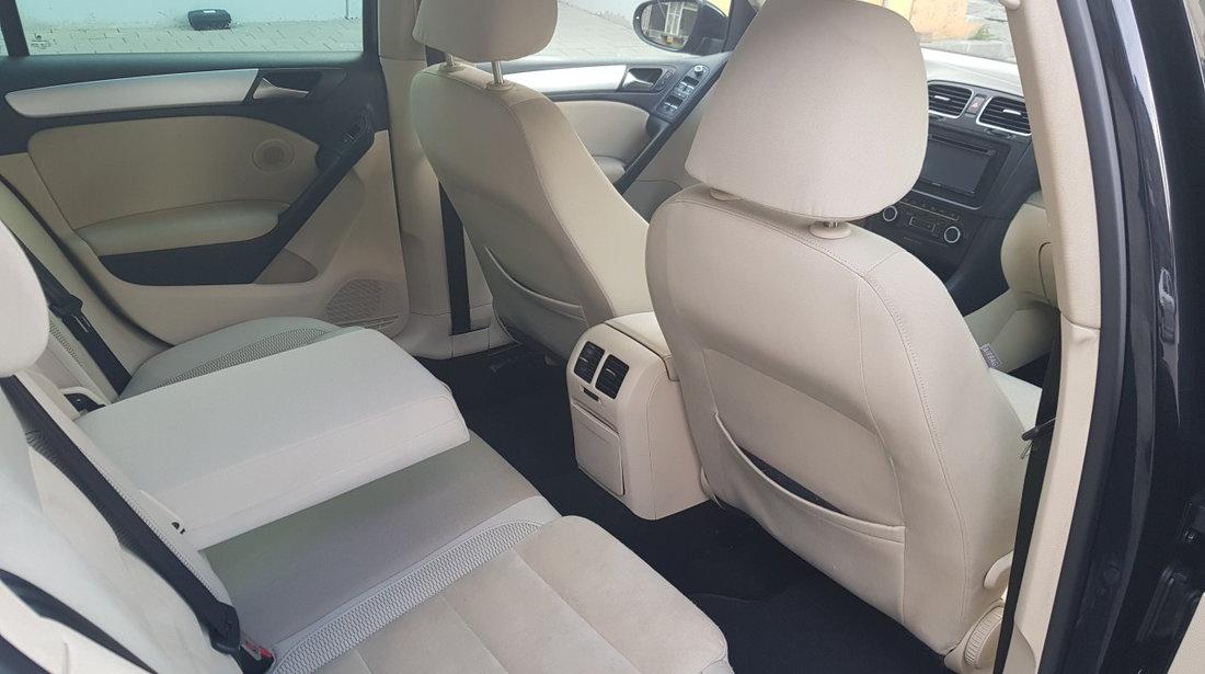 VW Golf 2000cm 2010
