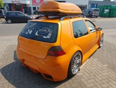 VW Golf cu bot de BMW E60