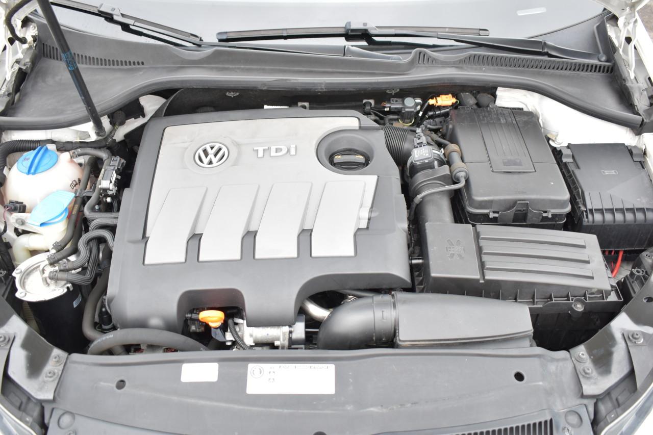 VW Golf Golf 6 Euro 5/1.6D 105 Cp/NAVI Mare/Bi-Xenox/START-STOP/Senzori parcare fata+spate+cameera/Bluetooth/Pilot…RECENT ADUSA DIN GERMANIA!!! 2011