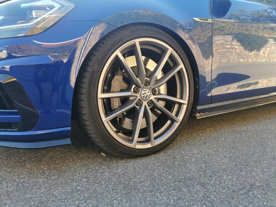 VW Golf R cu motor de RS3