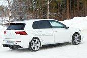 VW Golf R-poze spion