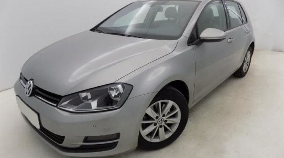 VW Golf VII 1.6 TDI BlueMotion Technology Comfortline 105 CP 2013