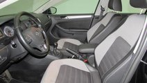 VW Jetta 2.0 TDI Highline 140 CP 2012