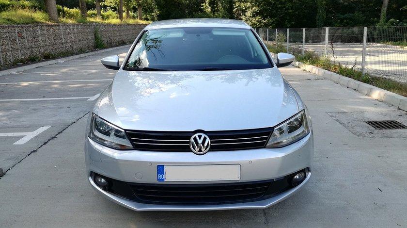 VW Jetta FULL 2012