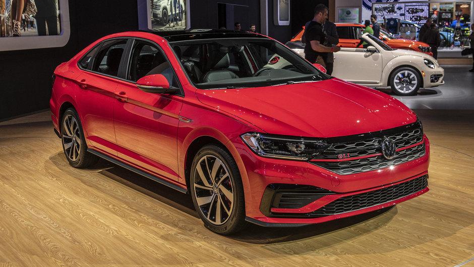 VW Jetta GLI - Poze Reale