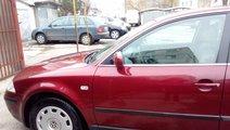 VW Passat 1.6 benzina 2003