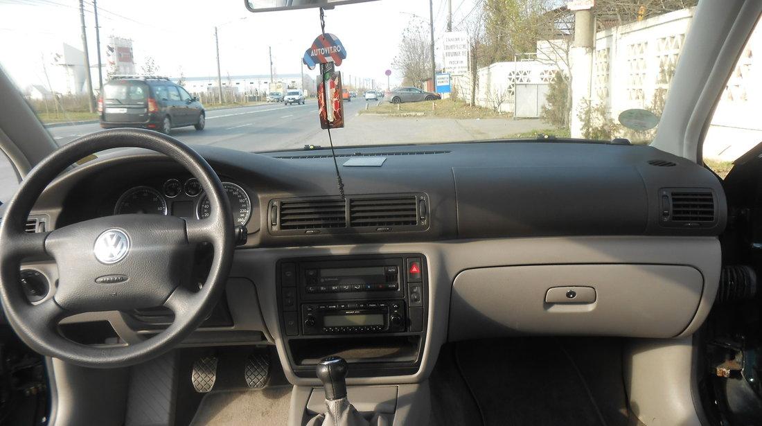 VW Passat 1.6 i 2003