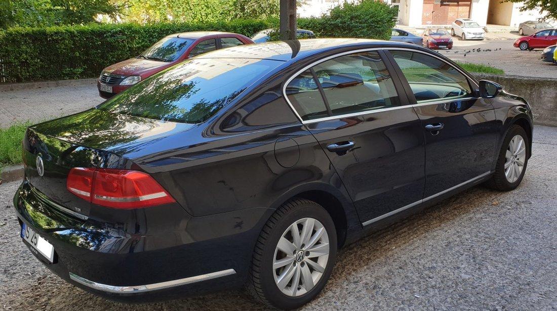 VW Passat 1,6 TDI 105 cp 6+1 trepte fab. 2012