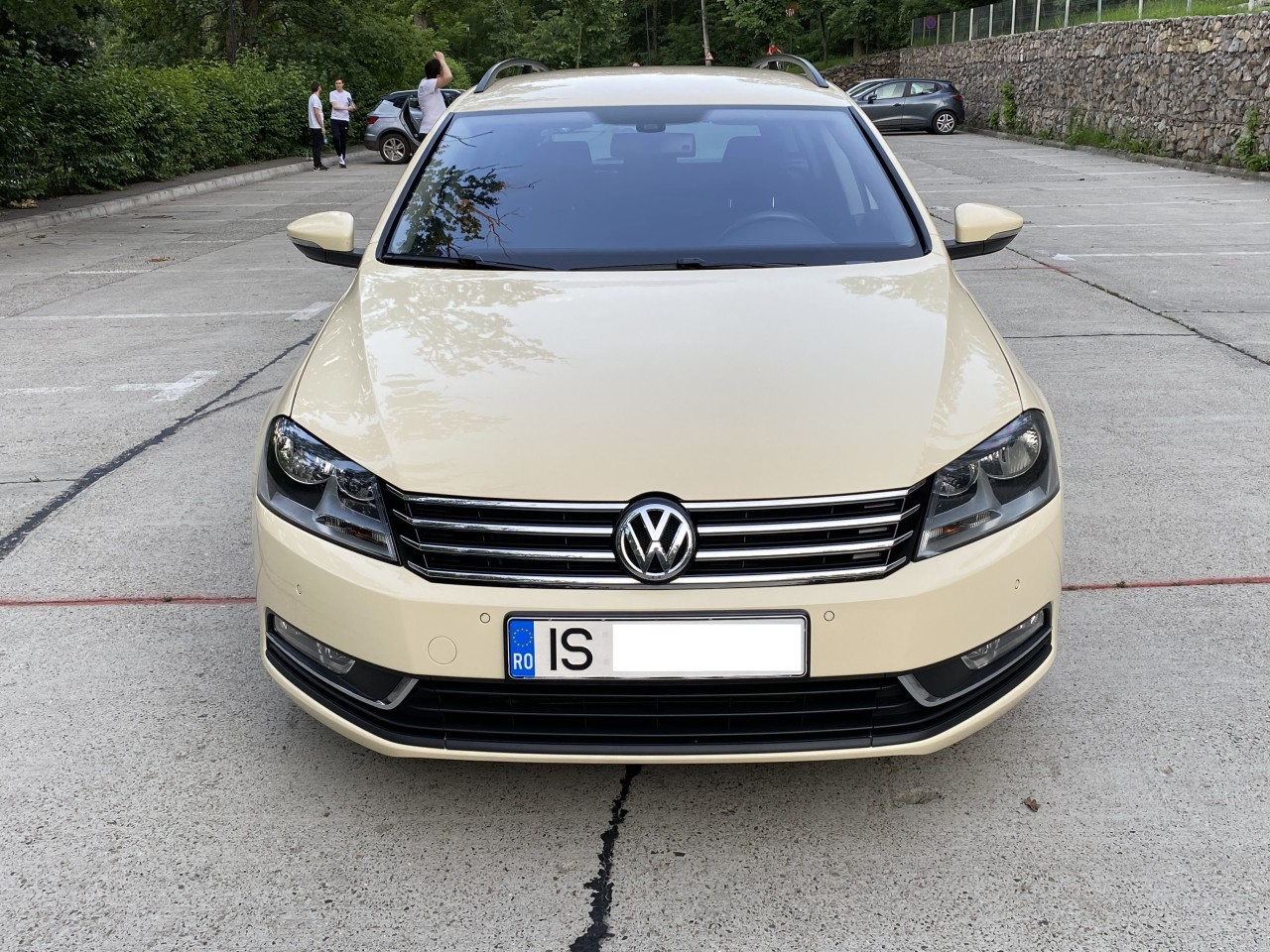 VW Passat 1,6 TDI full options ,fab. 2012