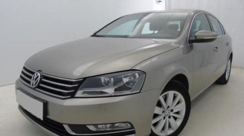 VW Passat 2.0 TDI 4Motion BlueMotion Technol. Comfortline 140 CP Start/Stop 2013