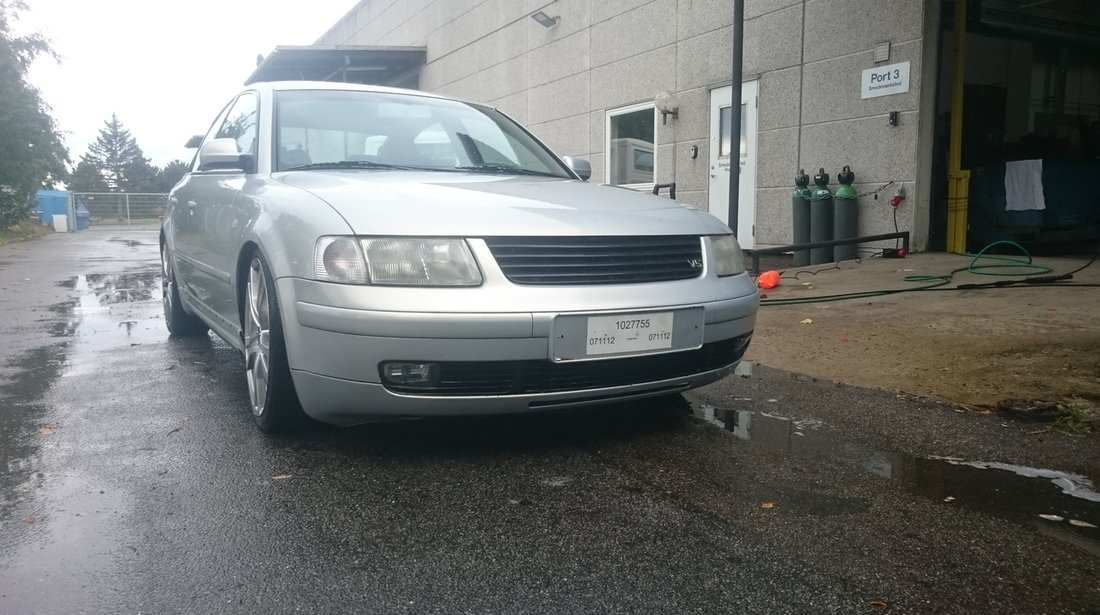 VW Passat 2.3vr5 2000