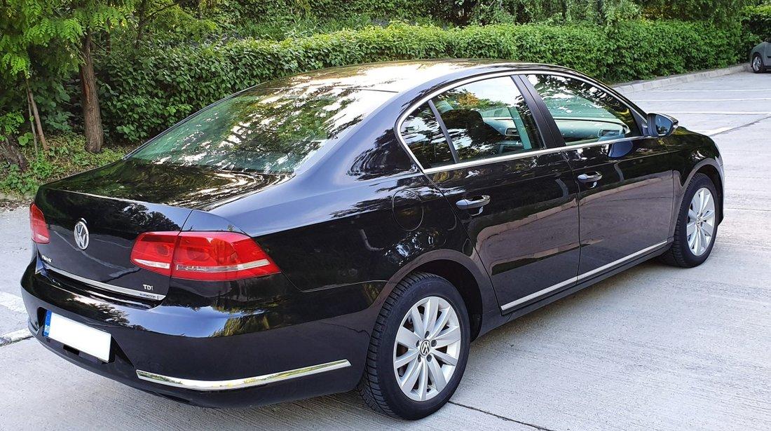 VW Passat - BERLINA 1,6 TDI fab. 2012