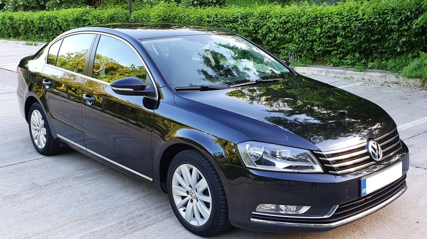 VW Passat - BERLINA 1,6 TDI fab. 2012