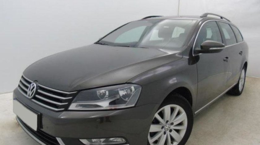 VW Passat Variant 2.0 TDI BlueMotion Technology Comfortline 140 CP Start/Stop 2013