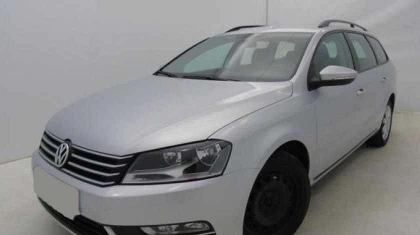VW Passat Variant 2.0 TDI BlueMotion Technology Trendline 140 CP Start/Stop 2012