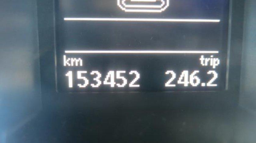 VW Passat Variant B7 BMT 2.0 TDI CR 140 CP M6 Start&Stop 2011