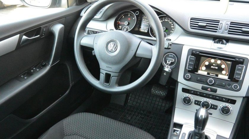 VW Passat Variant TrendLine DSG 2.0TDI