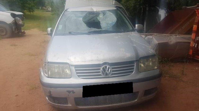 VW Polo 1.4i; 2002