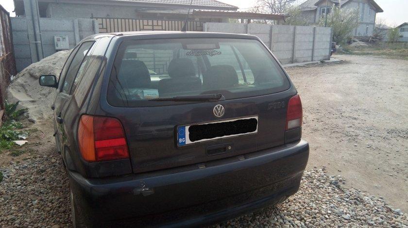 VW Polo 1997, motor 1.6, benzina 1000 LEI