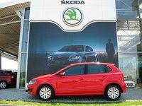 VW Polo Attractive 1.2 TSI 4usi