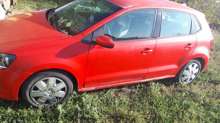 VW Polo Benzina 2010